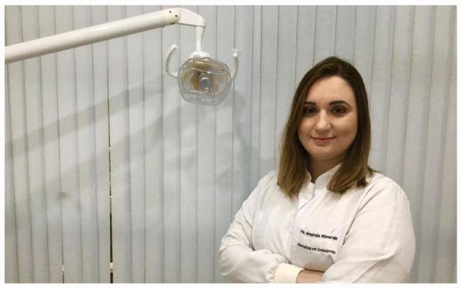 Dra. Amanda Almeira